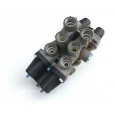 Клапан защитный 4-x контурный   Wabco
